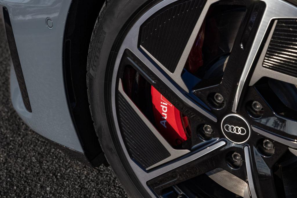 Audi utiliza aluminio sostenible en la fabricación de las llantas del e-tron GT